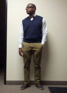 Week 4: @MrEyeconic earned #OOTW with his sweater-vest and bow-tie styling