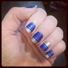 Blue & Silver, inverse accent nail