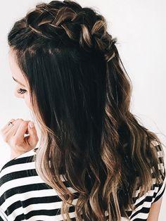 P I N T E R E S T: Maggie875 Cut Her Hair, Hair Color And Cut, Good Hair Day, Great Hair, Hairdos, Messy Hairstyles, Hot Hair Styles, Curly Hair Styles, Everyday Hairstyles