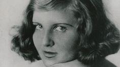 Una de las admiradoras de #Hitler
