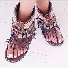 anyone know where I can buy these sandals?