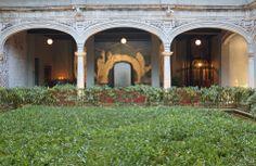 Mexican Patios and Gardens Images | Downtown Mexico hotel by Cherem Serrano Arquitectos | Flodeau.com