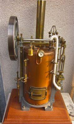 """Autre machine à vapeur fabrication """"Mauraisin"""" avec le régulateur façon """"machine Breval"""""""