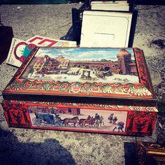 Todays flea #5 #vintage #old #starocie #brocante #flea #fleamarketfinds #flohmarkt #flohmarktfest #stararzeznia #pchlitarg #puszka #pudełko