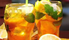 Magical Slimming Drink Of Green Tea Created By Doctor Oz ! Recipe Beverages with water, green tea bags, orange, fresh mint Detox Drinks, Healthy Drinks, Get Healthy, Healthy Eating, Healthy Recipes, Healthy Food, Tea Recipes, Weight Loss Tea, Weight Loss Drinks