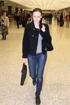 Alexis Bledel skinny jeans grey tshirt black peacoat laptop case
