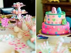 barbapapa cake cupcake stand