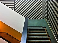 Stairs and lines by PaulHoo .