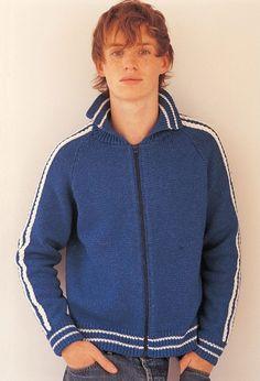 He showed off sweaters for well-known yarn company Rowan in 2004. Eddie Redmayne.