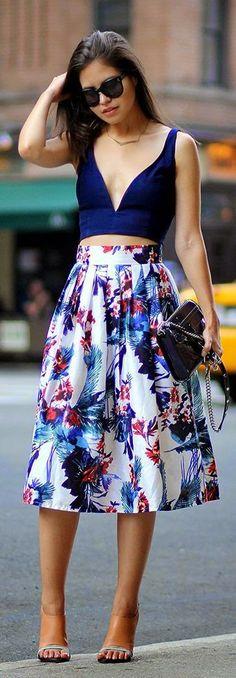 Street style | Navy crop top, floral printed skirt