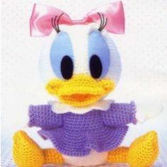 Crochet doll amigurumi PDF pattern - Baby Daisy Duck, via Etsy. Crochet Daisy, Cute Crochet, Crochet Crafts, Yarn Crafts, Crochet Projects, Crochet Amigurumi, Amigurumi Patterns, Crochet Dolls, Crochet Patterns
