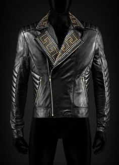 Details about New Versace Golden Silver Studded Mens Black Cowhide Leather Jacket All Sizes Studded Leather Jacket, Biker Leather, Black Leather, Leather Jackets, Cowhide Leather, Real Leather, Look Fashion, Mens Fashion, Leather Fashion