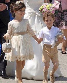 Flower Girl Dresses Boho, Cute Girl Dresses, Lace Flower Girls, Kids Bridesmaid Dress, Wedding Dresses For Kids, Mommy Daughter Dresses, Girls Special Occasion Dresses, Baby Girl Fashion, Bridal Gowns
