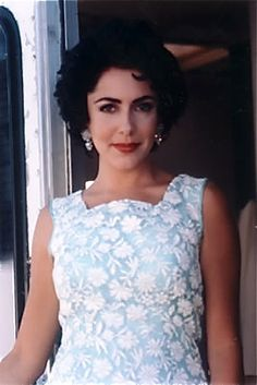 Actress Marlon Braccia portraying Elizabeth Taylor in the Academy Award-Winning film, Gods and Monsters.