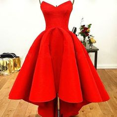 Designer Arabic Sweetheart High Low Red Matte Satin Prom Dresses Red Ball Gowns High Fashion Evening Gown vestido de festa