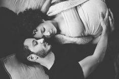 seance-couple-cocooning-grossesse-maternite-a-domicile-photographe-nord-pas-de-calais-arras-lens-lille-0