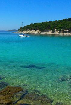 Turquoise colors of the Adriatic. www.totalcroatia.eu