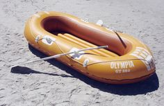 inflatable lifeboat