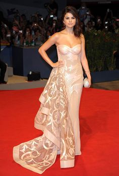 Selena Gomez's Style Evolution: Top 20 Outfits To Becoming A Fashion Darling | Grazia Fashion