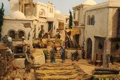 Nativity House, Diy Nativity, Christmas Crib Ideas, Fontanini Nativity, Ancient Egypt Art, Mud House, Warhammer Terrain, Christmas Village Display, Landscape Concept
