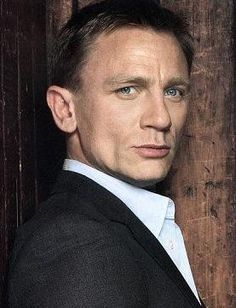 daniel craig | Daniel Craig HairStyle (Men HairStyles) - Men Hair Styles Collection