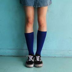 """Avec les chaussettes Archiduchesse """"Bleu Monochrome """"  mettez de la couleur dans votre vie💙 Color your life"""