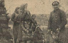 Serbian girls and women from the conquered Serbia: Serbs from Krusevac region Serbian, Folk, Painting, Costumes, Girls, Art, Women, Toddler Girls, Art Background
