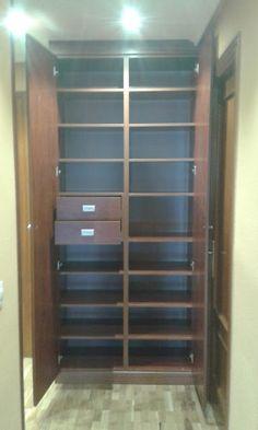 Ebanistería y  Carpintería Ebano Astur: mueble entrada con espejos