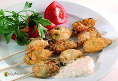 Τηγανητά μύδια μπύρας - gourmed.gr Seafood Recipes, Cooking Recipes, Greek Beauty, Greek Cooking, Greek Recipes, Food And Drink, Lunch, Fish, Dining