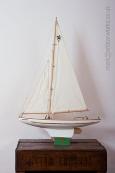 A Fabulous Original Star Yacht Sy 3 Vintage Toy Sailing