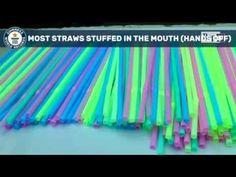 459 cannucce in bocca: record mondiale !!