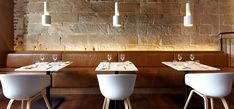 Harbour Rocks Hotel in Sydney, banquette in the Scarlett Restaurant