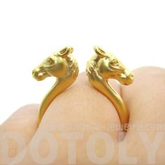 Double Horse Pony Head Shaped Sleek Ring in Gold Horse Jewelry, Animal Jewelry, Jewelry Rings, Animal Rings, Super Cute Animals, Head Shapes, Open Ring, Horse Head, Unique Rings