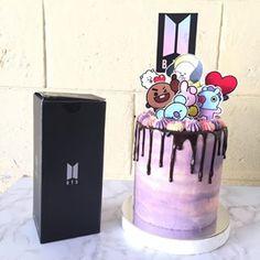 Bts Happy Birthday, 14th Birthday Cakes, Bithday Cake, Birthday Parties, Bts Cake, Cute Food Art, Party Food Platters, Kpop Diy, Bts Birthdays