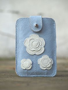 iPod iPhone Case Sky Blue and White / Floral ornaments / Spring trends