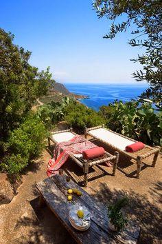 Ambiance farniente sur les îles Éoliennes en Sicile