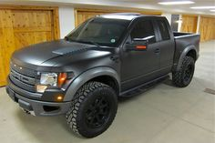 Ken Block has a new toy to add to his garage! Ford presented Ken with a brand new Ford Raptor truck. Check out the photos below. Not a bad winter toy! So Ford, Ford Raptor Negro, 2011 Ford Raptor, Ford Raptor Price, Black Ford Raptor, Ford F150 Raptor, Ford Svt, Raptor Car, 2011 Ford F150, Ford Velociraptor