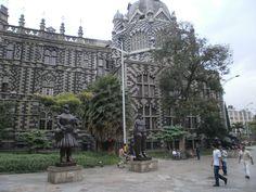 Plaza Botero, Medellín, Colombia.