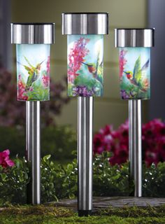 Lovely Solar Powered Garden Stakes   Beautiful Hummingbird Solar Powered Garden  Stake. Visit Us For More Information And Where To Buy!