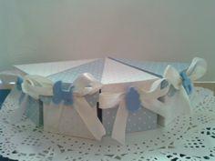 Scatolina a forma di fetta di torta blu. Ideale per bomboniere, segnaposto, party favors. di Dienneidee su Etsy