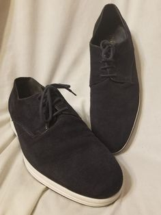 Vince. Mens derby oxfords fashion sneaker size 10 M 44 EUR. Yuri Jeans navy blue suede, contrasting white soles. XL extra light technology, leather lined. $395.00 retail made in Italy. Beautiful! | eBay!