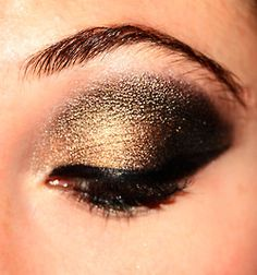 Welcome ♥ Explore Tags & Ask Questions Beauty Influence reaching over across the globe 🌍 Makeup Inspo, Makeup Tips, Beauty Makeup, Hair Beauty, Makeup Ideas, Black And Gold Eyeshadow, Makeup Collage, Different Makeup Looks, Makeup Tumblr