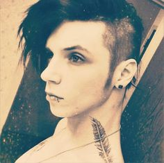 http://officialandybvb.tumblr.com/post/49667537106/1-00-am-hotel-room-in-tucson-arizona