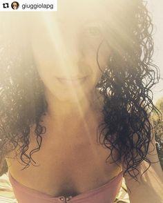 """#Repost @giuggiolapg """"..lascia che piova pure prendiamo il sole che c'è..""""  #liga #loveyou #emozioni #sottolostessosole #sottolostessocielo #instagram #instafollow #sunshine #sun #trasimenolake #instamoment #igers #longhair #picoftheday #paceville #like4like #tagsforlikes #cottaapuntino #peroggipuobastare #oforseno"""