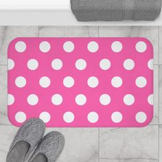 Hot Pink White Polka Dots Girls Bathroom Bath Mat Rug Room Decor Hot Pink Decor, Navy Blue Decor, Baby Girl Wallpaper, Boy Nursery Bedding, Bath Girls, Bathroom Bath, Nursery Wall Decals, Room Rugs, Memory Foam