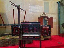 Claviorgue. És la proposta del Museu de la Música per al viquiprojecte 'Una Joia del Museu' (DIM 2013)