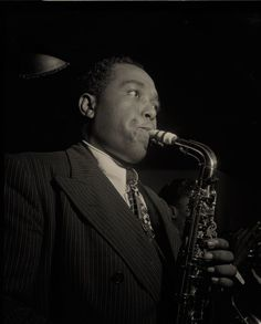 """Musician, Charlie Parker, Three Deuces Club, New York, N.Y., ca. August 1947, Jazz, Vintage Modern Greeting Card NCC000759 Charles """"Charlie"""" Parker Jr., nicknamed """"Bird"""" and """"Yardbird"""", was an American jazz saxophonist and composer. Parker was a highly influential soloist and leading figure in the development of bebop, a form of jazz characterized by fast tempos, virtuosic technique, and advanced harmonies. Wikipedia Part of my notable musicians greeting card series. Custom and professionally p Famous Musicians, Jazz Musicians, Famous Artists, Charlie Parker Bird, Bird Parker, Jazz Quotes, Kansas City, Bebop, Tube Carton"""