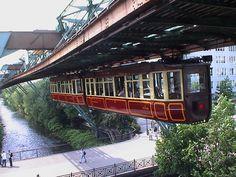 Wuppertal kaiserwagen - Wuppertal Suspension Railway - Wikipedia, the free encyclopedia