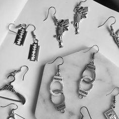 Metals Type: Zinc AlloyStyle: TRENDYFine or Fashion: FashionModel Number: EarringsItem Type: EarringsEarring Type: Drop EarringsShape\\pattern: geometricMaterial: Metalis_customized: NoGender: earrings for women Ear Jewelry, Womens Jewelry Rings, Cute Jewelry, Women Jewelry, Fashion Jewelry, Jewelry Bracelets, Pearl Necklaces, Jewelery, Grunge Accessories