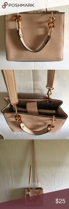 Light Pink Crossbody Purse •great condition! •lots of space and pockets •very classy bag •beautiful light pink color •No Trading •No Mercari •Price Negotiable •Questions? Ask! •Love it? Make an offer! Bags Crossbody Bags